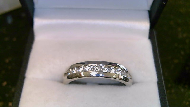 gent's 14k white gold round diamond band
