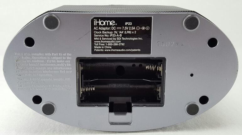 IHOME IP23 IPOD IPHONE ALARM CLOCK DOCKING STATION