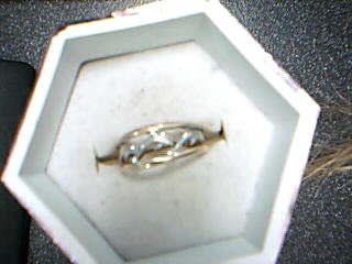 Lady's Gold Ring 10K Yellow Gold 0.6g