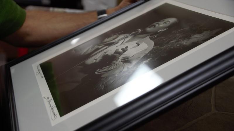Herman Leonard autographed photo: Billie Holiday N.Y.C 1949 (T11013419)