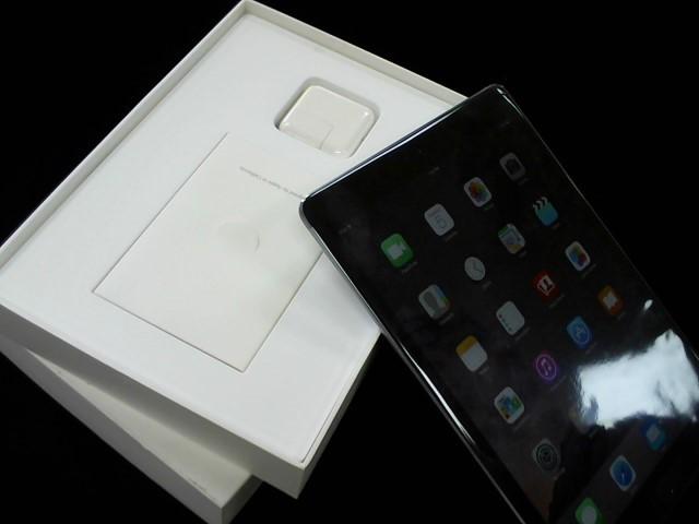 APPLE Tablet IPAD AIR MGL12LL/A