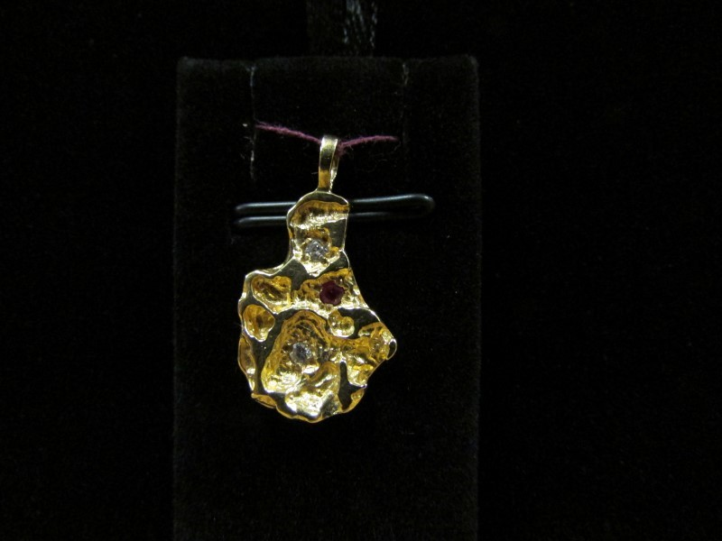 Red Stone Gold-Diamond & Stone Pendant 2 Diamonds .06 Carat T.W.