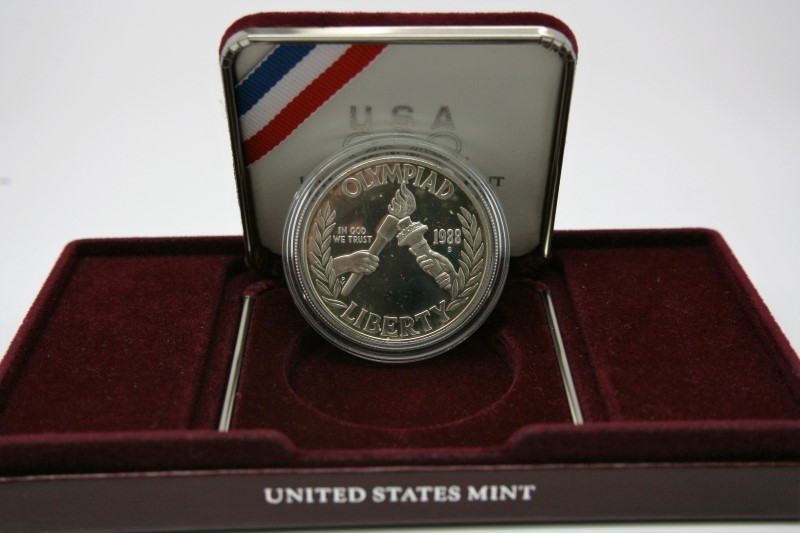 UNITED STATES SILVER 1988 OLYMPIC COIN
