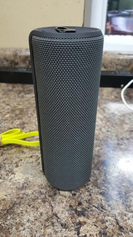 Logitech Ultimate Ears UE Boom 2 Wireless Bluetooth Speaker S-00151