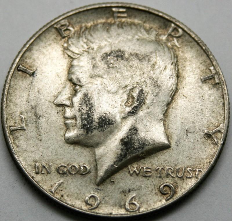 UNITED STATES SILVER 1969 KENNEDY HALF DOLLAR
