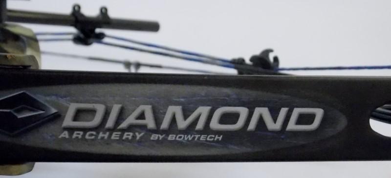 BOWTECH DIAMOND ARCHERY INFINITE EDGE PRO CAMO COMPOUND BOW PACKAGE