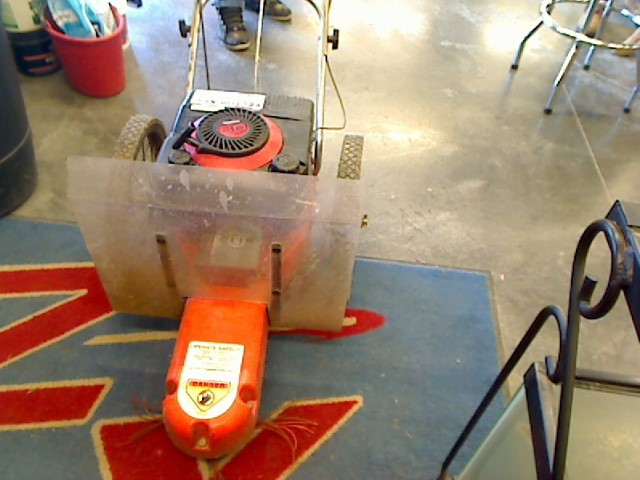 DR Lawn Trimmer TRIMMER/MOWER
