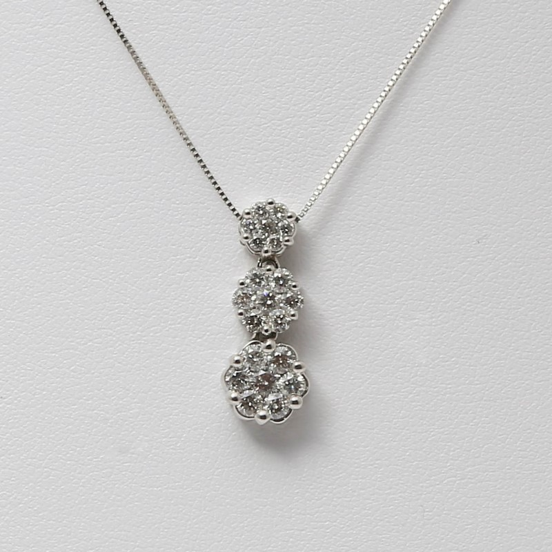 "18"" 14K White Gold 3 Stone Round Brilliant Diamond Necklace & Chain"