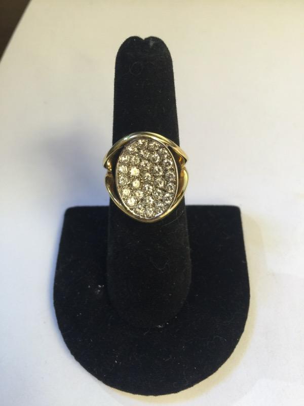 Lady's Diamond Fashion Ring 30 Diamonds 2.10 Carat T.W. 18K Yellow Gold 9.8g
