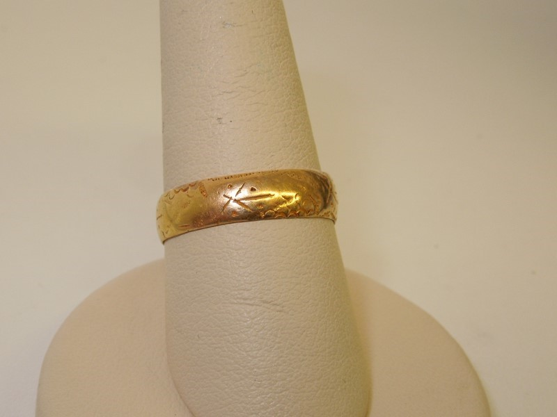 Lady's Gold Wedding Band 18K Yellow Gold 3.3g Size:7.5