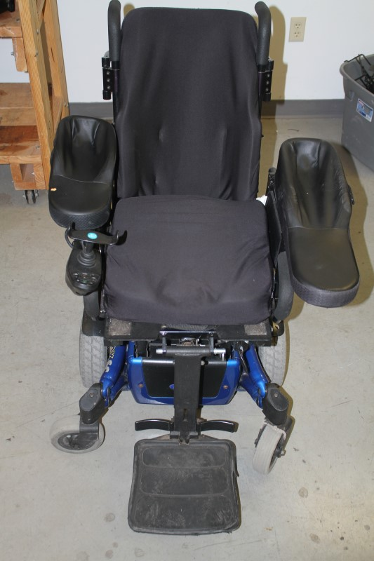 Invacare ATO TDX SC2 Power Wheelchair **IN STORE PICK-UP ONLY!!!!**