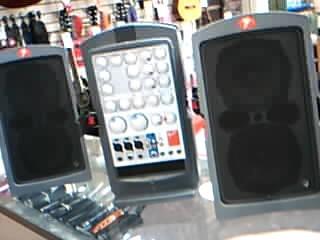 FENDER PA System PASSPORT P-150