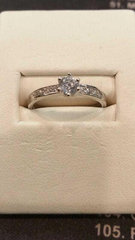 Lady's Silver Ring 925 Silver 3.3dwt