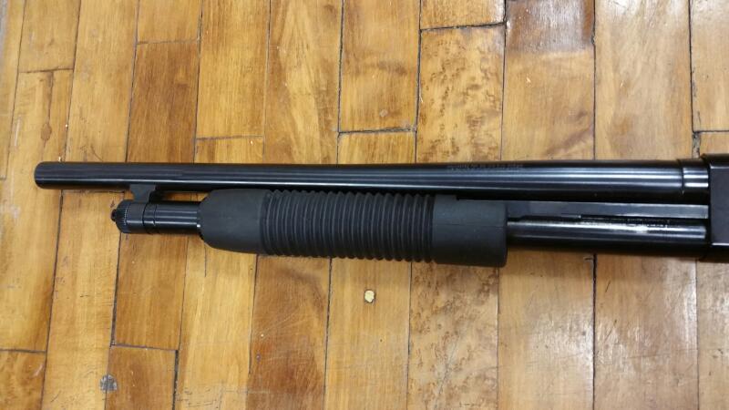 MOSSBERG Shotgun 500