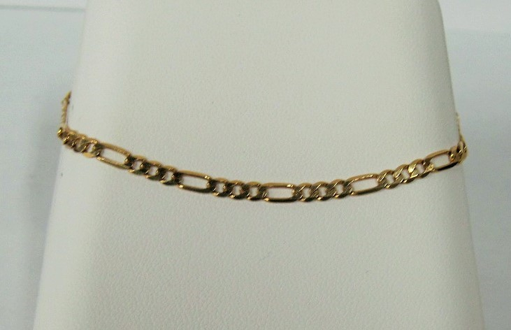 Gold Figaro Bracelet 14K Yellow Gold 2.48dwt