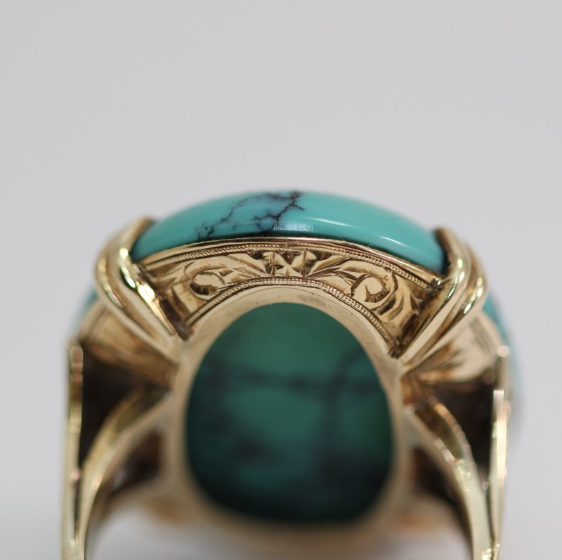 14K Yellow Gold Oval Cut Turquoise Ring Size 7
