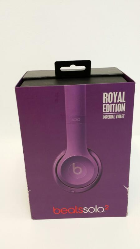 BEATS AUDIO SOLO 2 ROYAL EDITION IMPERIAL VIOLET HEADPHONES]
