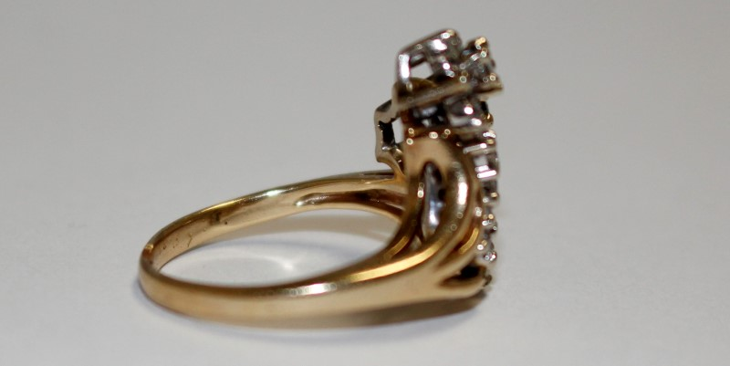 Lady's Diamond Fashion Ring 22 Diamonds 2.20 Carat T.W. 10K Yellow Gold 4.66g