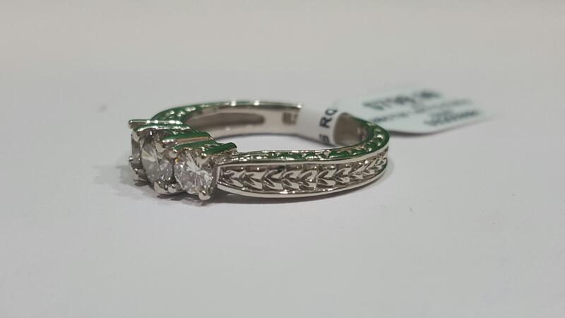 Lady's Gold-Diamond Anniversary Ring 3 Diamonds .88 Carat T.W. 14K Yellow Gold