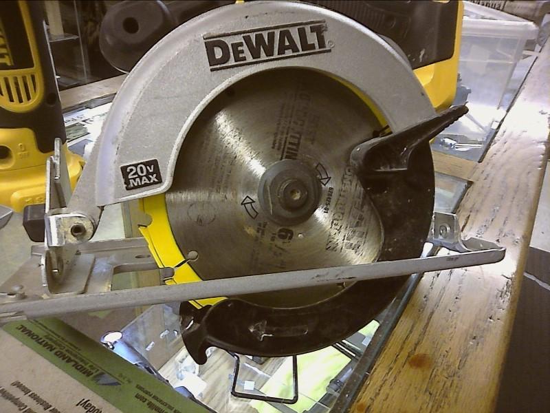 DEWALT Circular Saw DCS393