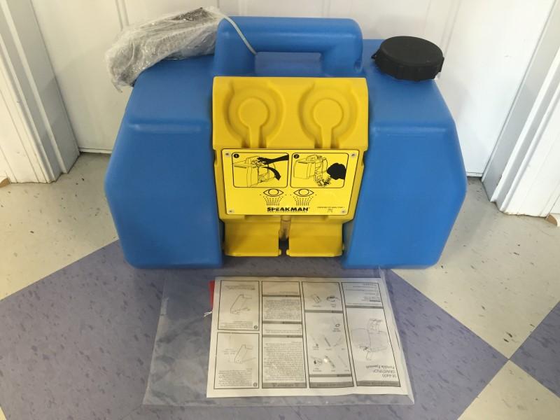 Speakman Safety Gear Gravityflo SE-4400 Portable Eye Wash Station