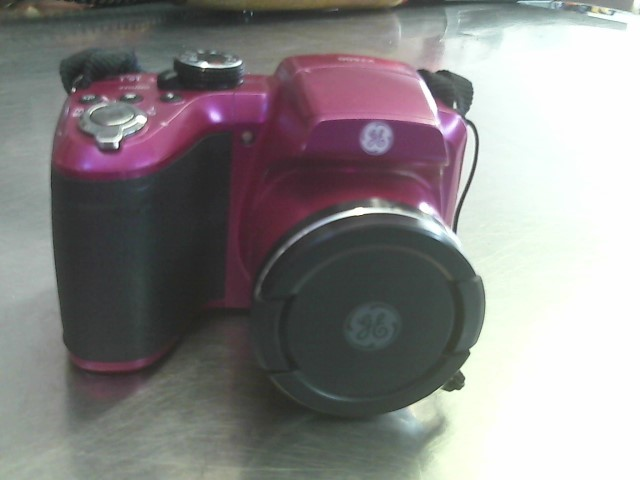GE Digital Camera X2600