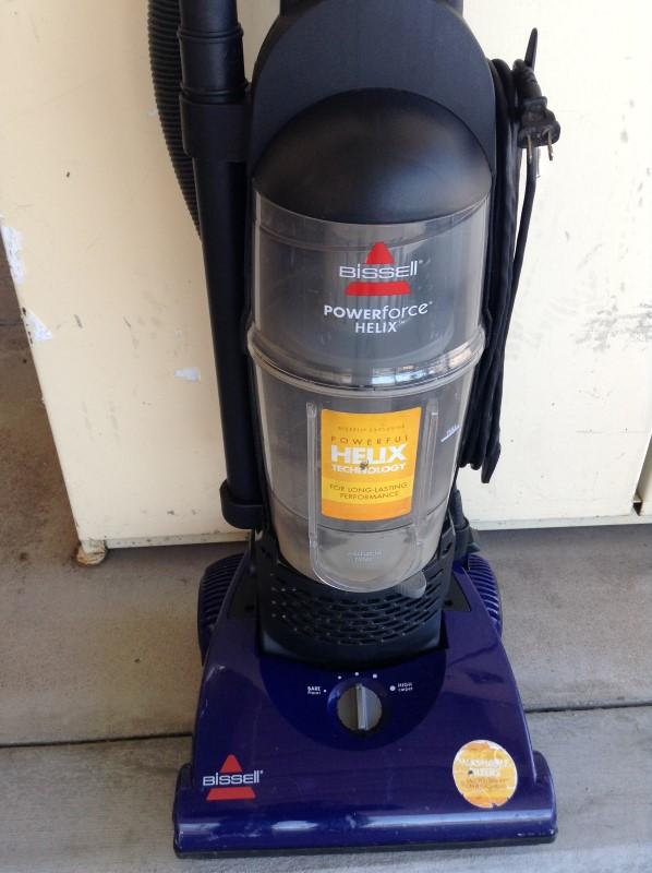 BISSELL Vacuum Cleaner POWERFORCE