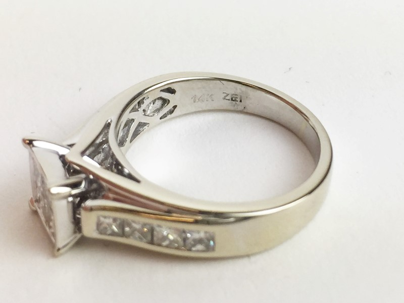 Lady's Princess Cut Diamond Engagement Ring 1.52 CTW 14K WG 4.98g Size 6 1/4