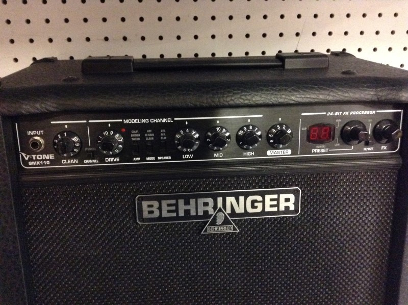 BEHRINGER Electric Guitar Amp GMX110