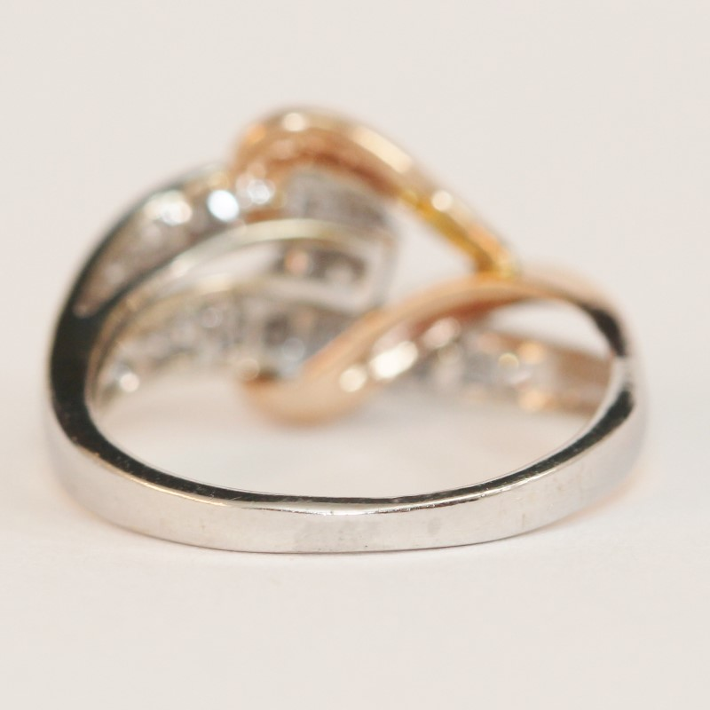 14K Intertwined Rose Gold Heart & White Gold Diamond Ring Size 5.75 Fall