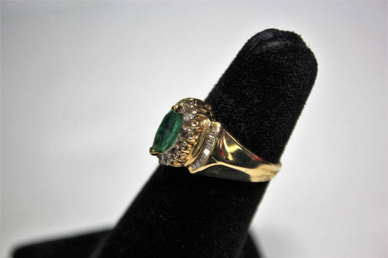 Emerald Lady's Stone & Diamond Ring 32 Diamonds .50 Carat T.W. 14K Yellow Gold