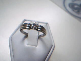 Lady's Diamond Solitaire Ring .15 CT. 10K White Gold 2.7g Size:7