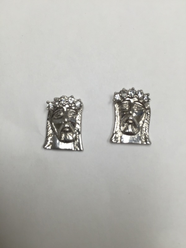 Gold-Diamond Earrings 10 Diamonds .20 Carat T.W. 10K White Gold 2.2dwt