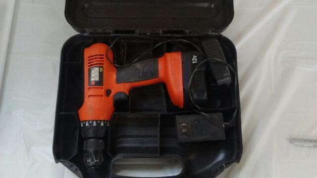 BLACK&DECKER Hammer Drill CD1200S