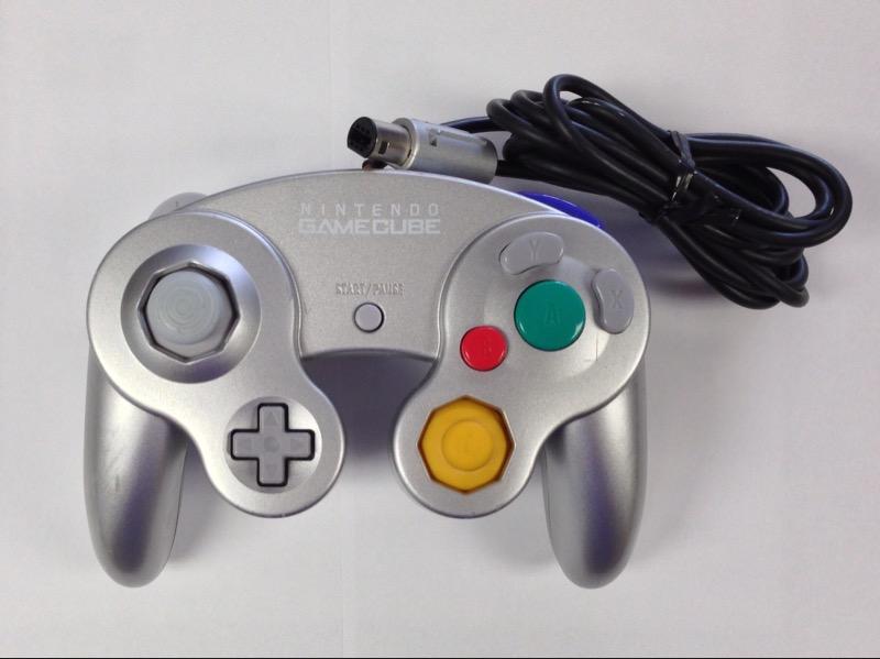 Platinum Silver Controller for Nindo Gamecube System Model DOL-003