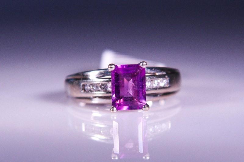 Synthetic Amethyst Lady's Stone & Diamond Ring 8 Diamonds .24 Carat T.W.