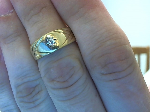 Gent's Diamond Fashion Ring .06 CT. 14K Yellow Gold 7.4g Size:11