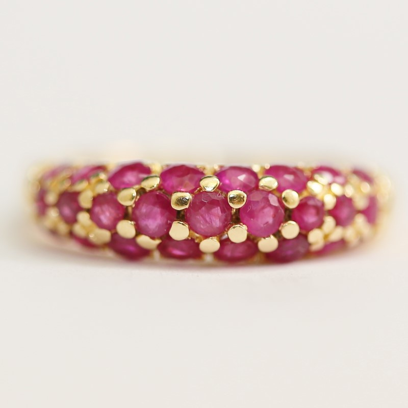 14K Y/G Bead Set Round Ruby Cluser Ring with Comfort Fit Band Size 7