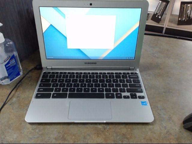 SAMSUNG Laptop/Netbook XE303C12