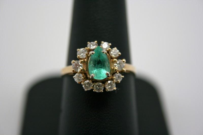 LADY'S DIAMOND EMERALD RING 14K YELLOW GOLD