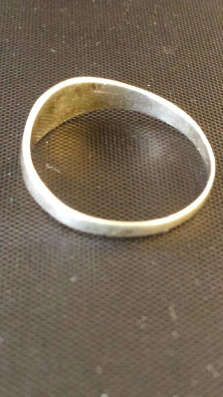 Lady's Silver Ring 925 Silver 1.02dwt