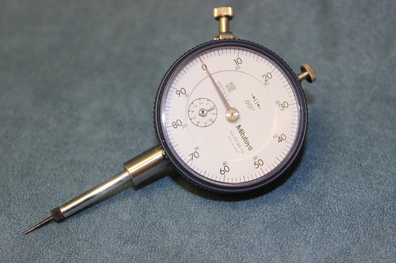 Mitituyo 2416S-10 Dial Indicator 0-100 Reading