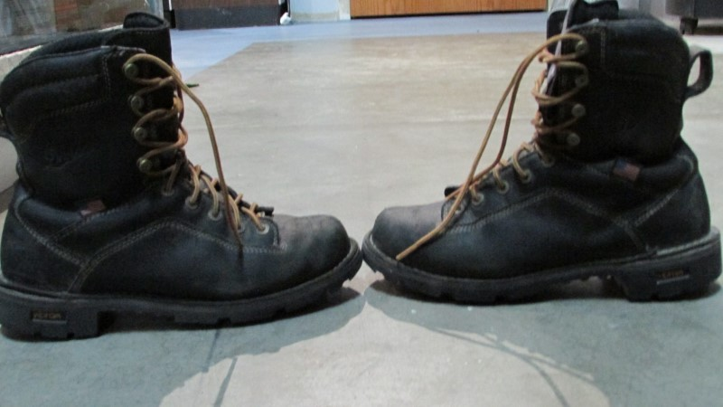 DANNER BOOTS SIZE 9 17309