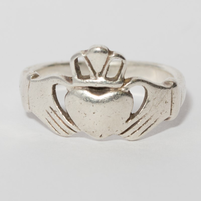 Sterling Silver Women's Claddagh Ring Size 7.25