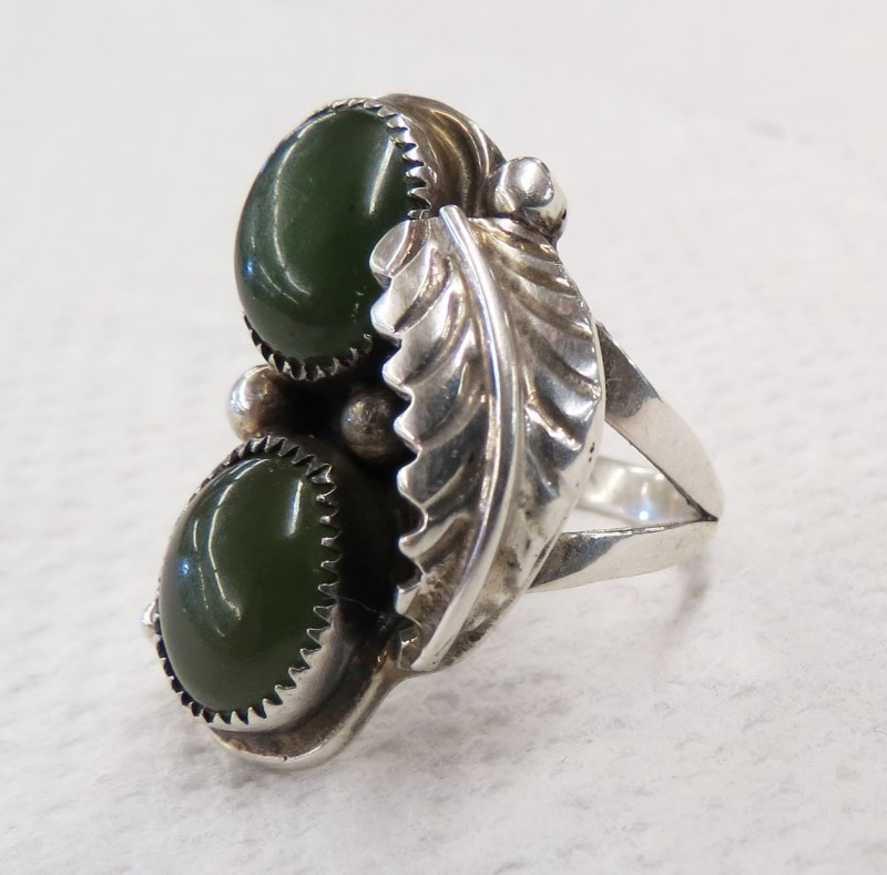 Jade Lady's Silver Southwestern Ring 925 Silver 3.81dwt Size:5.3