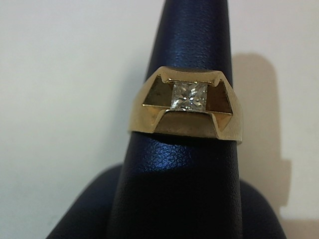 Gent's Diamond Solitaire Ring .40 CT. 14K Yellow Gold 7.4g Size:8.5