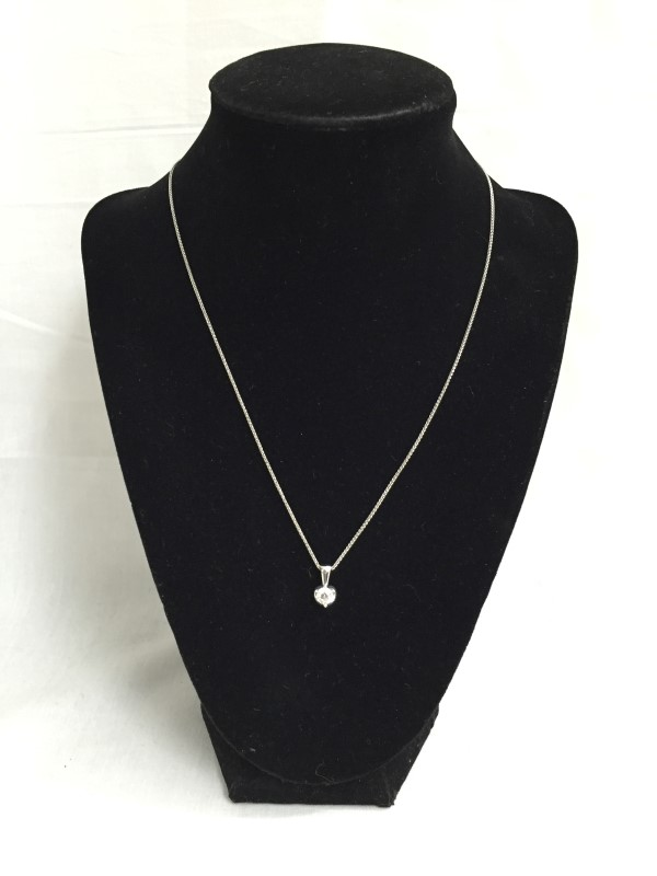 "18"" Diamond Necklace .46 CT. 18K White Gold 2.3dwt"