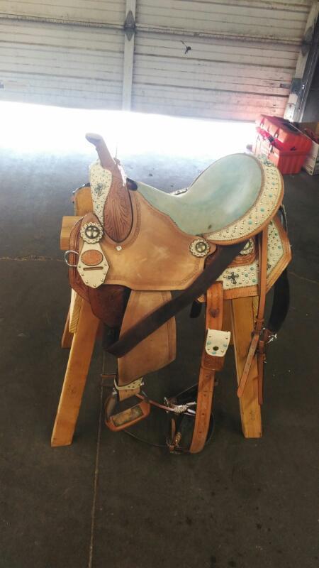 SILVER ROYAL SADDLES Horse Tack DESERT HOPE SADDLE