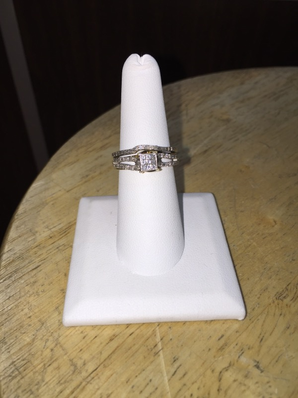 Lady's Silver-Diamond Ring 44 Diamonds .49 Carat T.W. 925 Silver 4.8g