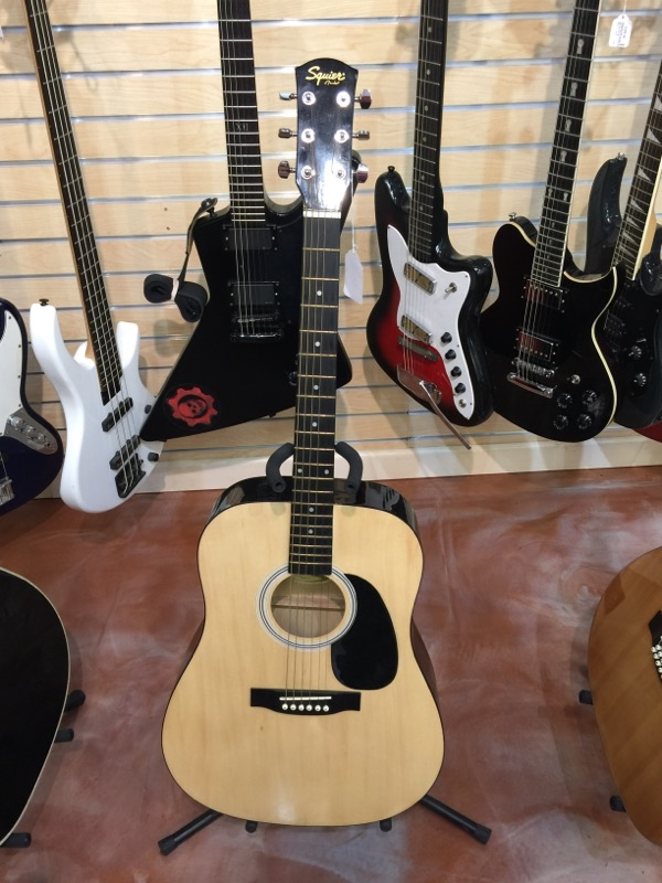 Fender Squier Acoustic Guitar 093-0300-021